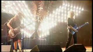 Saxon - The Eagle Has Landed (live at wacken)