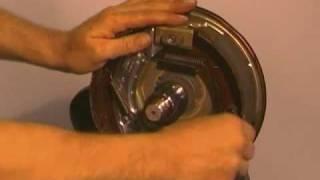 Knott Radbremse - Bremstrommel Demontage und Bremsbacken Austausch Montageanleitung Kröger-Serie