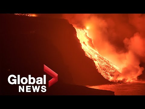 La Palma volcano: Video captures moment lava rocks fall from cliff to reach Atlantic Ocean