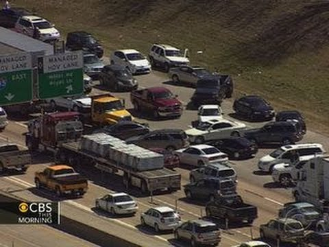 Drivers in Dallas turn around on road to avoid traffic jam