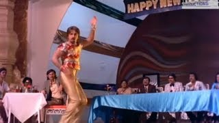 Sagalakala vallavan - ilamai itho itho: happy new year song. watch other videos in the avm productions movies channel at http://www./moviesavm இ...