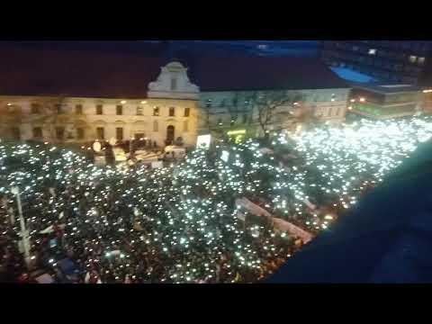 """Slovenská hymna na proteste """"Postavme sa za slušné Slovensko"""" (9.3.2018)  #AllForJan"""