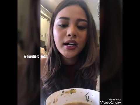 Aurelie hermansyah live sambil makan bakso