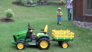 Детский Электромобиль трактор John Deere Ground Force 12V с прицепом от Peg-Perego(Весело! Интересно! Надежно!!!! Мощность 330W!!! Подробно на http://masha-dasha.com.ua/p54912109-detskij-elektromobil-traktor.html или по телефон..., 2014-11-05T15:47:29.000Z)
