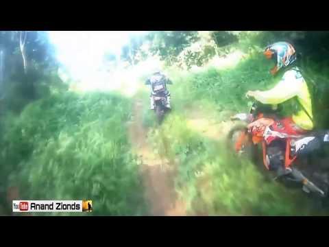 HEBOH ! Kaget ada orang telanjang di hutan Aceh (commentary)