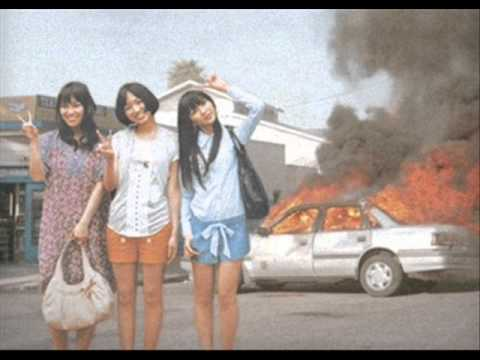 Riffs - Girls Attack