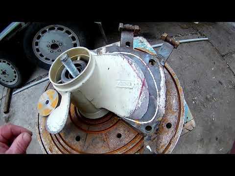 Ремонт гребного винта (Repair of screw-propeller)