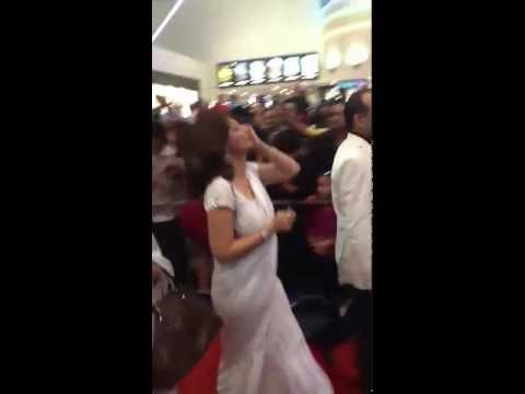 Shashi tharoor's wife Sunantha pushkar at RA.ONE premiere in dubai