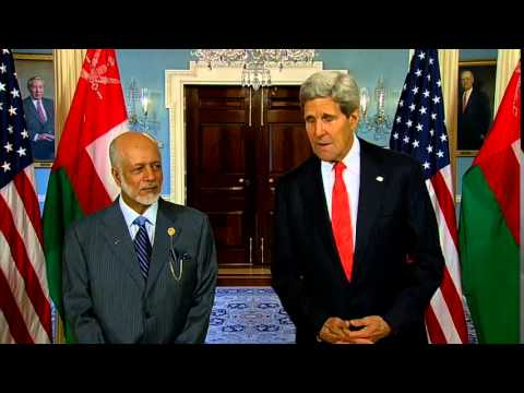 Secretary Kerry Meets With Omani Minister of Foreign Affairs Yusuf bin Alawi bin Abdullah