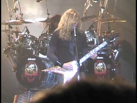 Megadeth - Never Walk Alone (Live At Hellfest 2007)