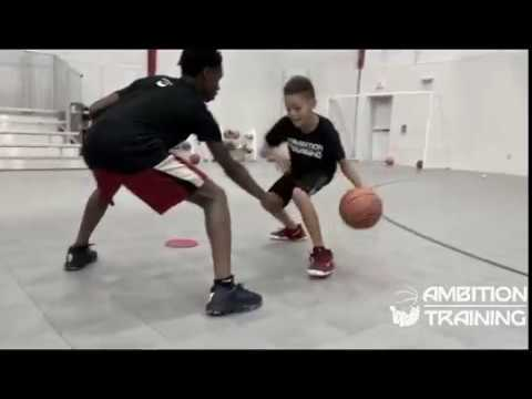 AMBITION BASKETBALL TRAINING (Using off hand/Avoiding being hand checked by defender) PART 1
