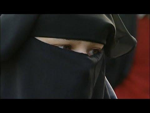 Holanda prohíbe el burka en espacios públicos
