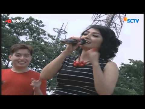 Siti Badriah  - Terong Dicabein (Live on Inbox)