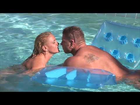 Black Guy Kissing HotKaynak: YouTube · Süre: 1 dakika58 saniye