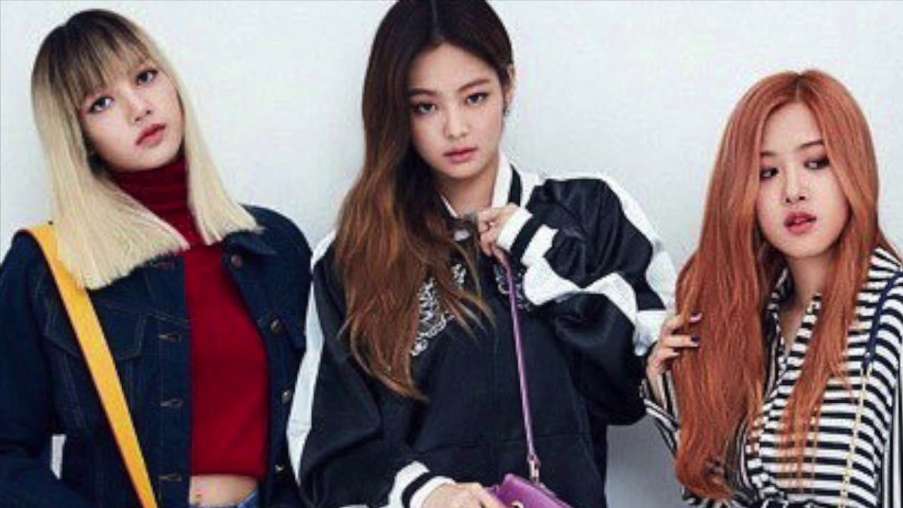 blackpink jennie on the phone to rosé and lisa - YouTube