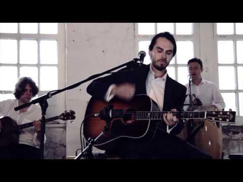 Traveller - Sinderins (Live Acoustic Session)