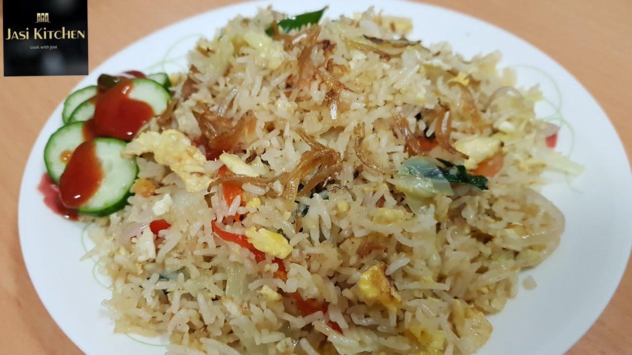 Original Singapore Mamak Nasi Goreng Putih Ikan Bilis Fried Rice With Anchovies Youtube