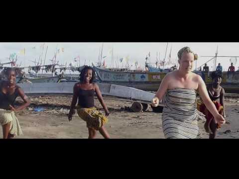 Dj Arafat feat. Linnéa la Suédoise Africa Dansez Clip entier
