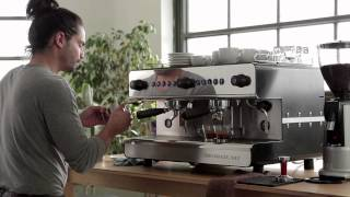 The Perfect Coffee Latte with Iberital IB7