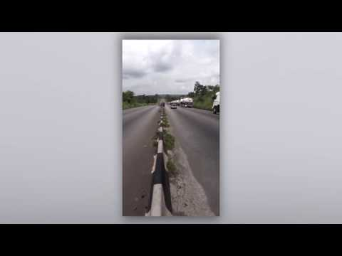 Live Robbery On Benin-Ore Road Near Okada