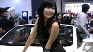 東京モーターショー2007 アルファロメオ、美人コンパニオン