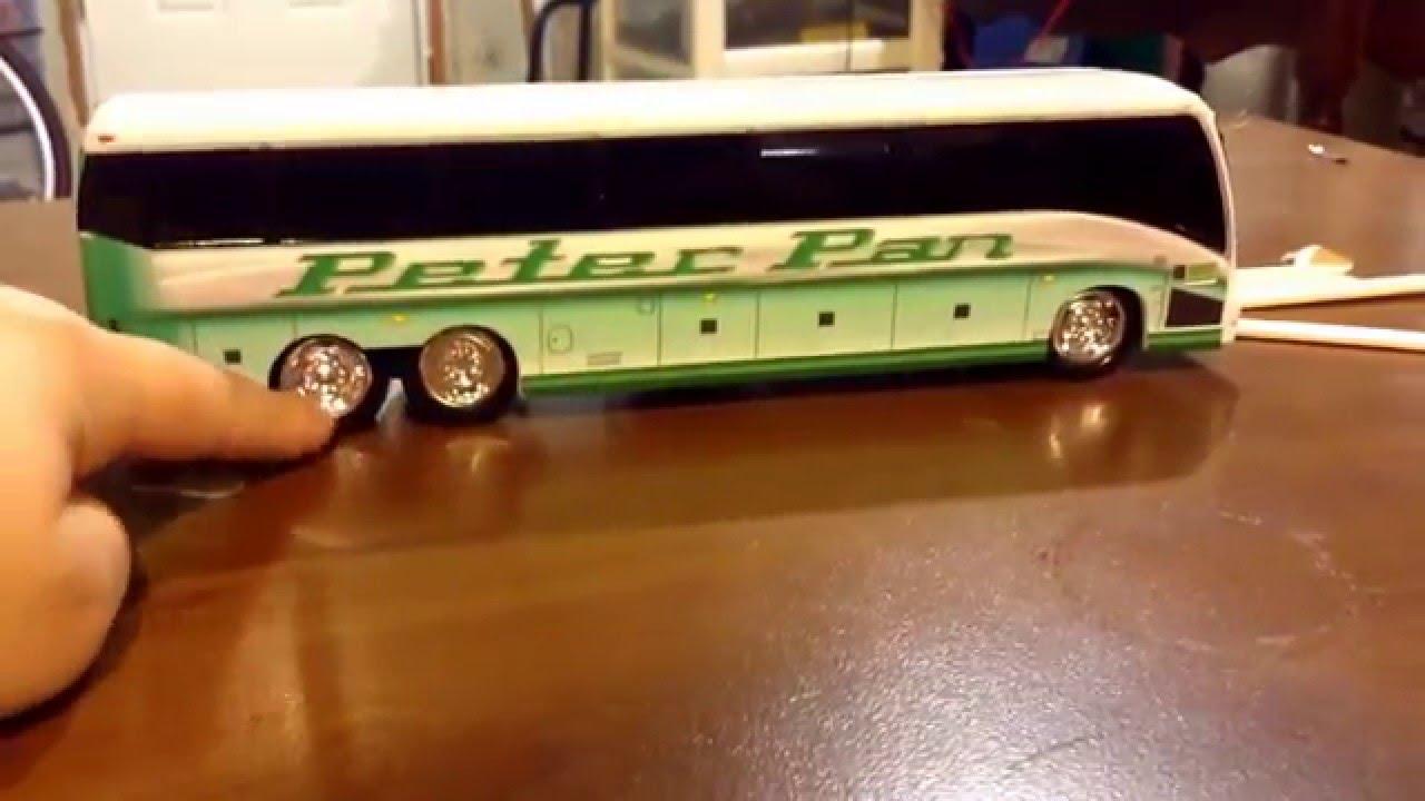 Peter Pan Tour Bus