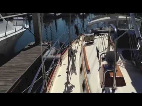 1998 Pacific Seacraft 40' Sailboat For Sale
