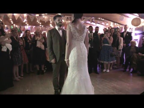 WEDDING FIRST DANCE - Hooked on a Feeling