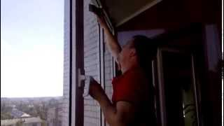 Профессиональная мойка окон (window cleaning)(Мы выполняем услуги профессиональной мойки окон в квартирах, коттеджах. офисах, мытья витрин магазинов..., 2015-09-15T11:10:33.000Z)