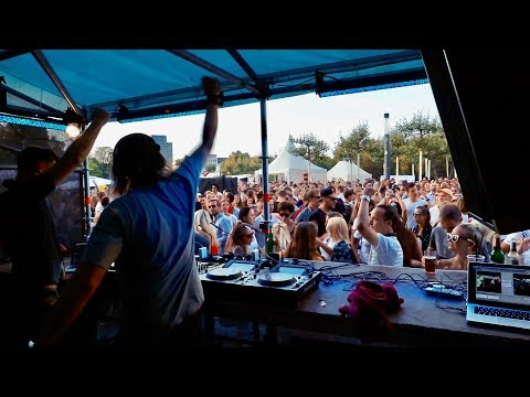 HOW I GOT MY FIRST DJ GIGS AND HOW YOU CAN GET A GIG