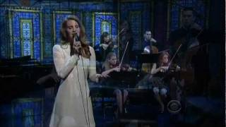 [HD] Lana Del Rey - Best LIVE Performance Of Video Games David Letterman 02-02-12