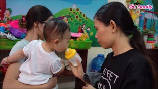 What Does Cute Baby Do In The Kindergarten At The First Time   ỐC Family