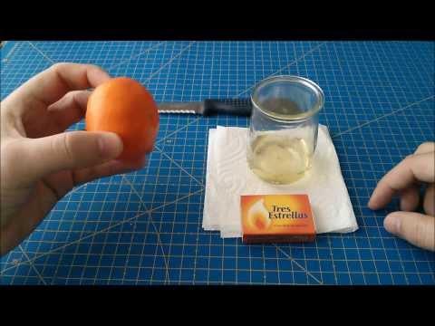 Cómo hacer una lámpara de aceite con una naranja