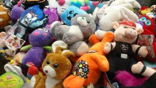 Claw Machine Crane Games #249 - Another OPEN MACHINE - Looky Boos, Looney Tunes and Ozzy Osbourne!
