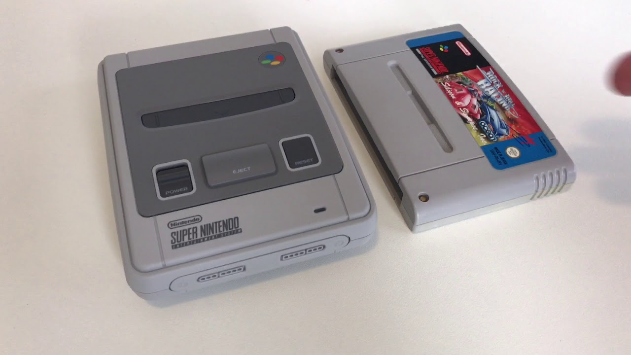 Super Nintendo Classic Mini unboxing! - YouTube