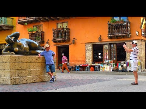 walking in  Cartagena (Colombia)