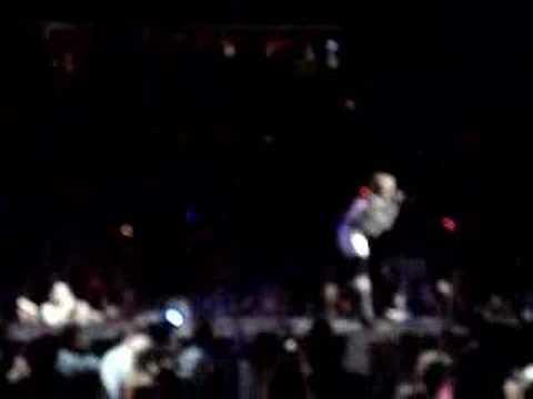 Hannah Montana- Rockstar LIVE