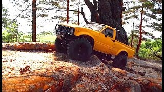 RC Car Crawling Extreme OFF Road - Axial SCX10 Jeep, RC4WD TF2 Toyota Hilux