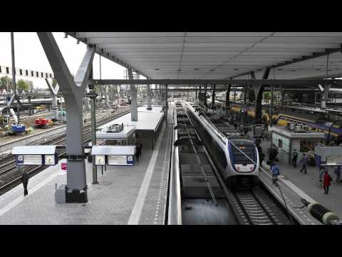 time-lapse rotterdam central station