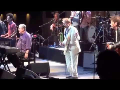 Brian Wilson  w/ Al Jardine & Blondie Chaplin - Sail Away
