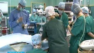На Кубани собрались лучшие торакальные хирурги(Реконструкцию систем жизнеобеспечения организма человека сегодня обсуждали в Краснодаре. На разных языка..., 2014-10-24T16:33:40.000Z)