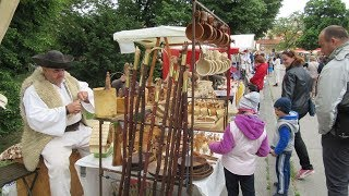 Piešťany: Tradičné ľudové remeslá aj so sprievodom a živými sochami