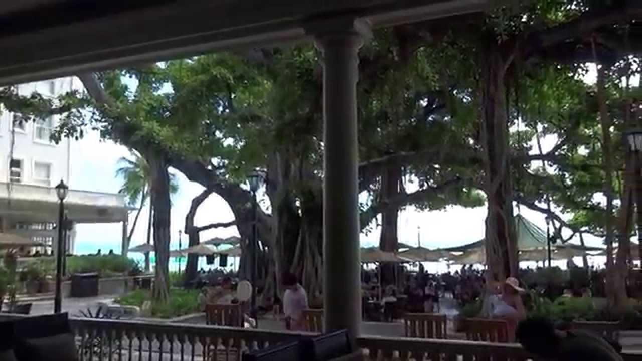 Moana Surfrider The Beach Bar Veranda Waikiki Yacht 20170813 1344