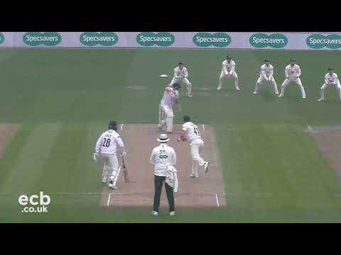 Sussex CCC v Gloucestershire - Specsavers County Championship - Day One
