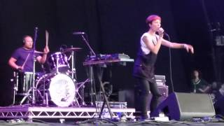 Polica - Violent Games- Jodrell Bank 2013
