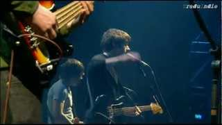 Arctic Monkeys - Old yellow bricks (inglés y español)