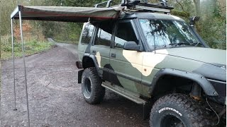 Howling Moon Safari Awning first set up to the land Rover Discovery 300Tdi