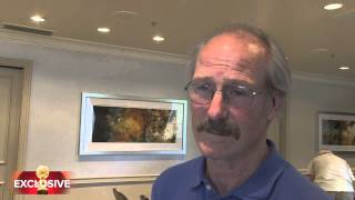 "William Hurt on ""Humans"" HFPA Exclusive"