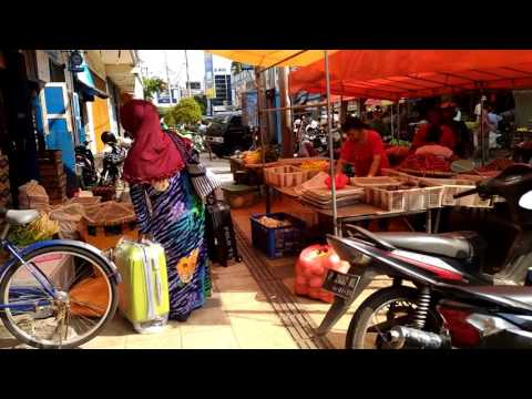 Traditional Markets (Pasar tanjung) in Indonesia