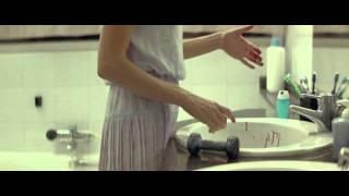 DogTooth -  Giorgos Lanthimos (2009) 2.mov